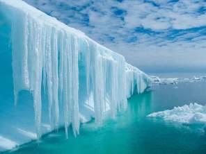 Antarctica Iceberg Landscape-Crew Shot 2011-IMG10013 Lg RBG